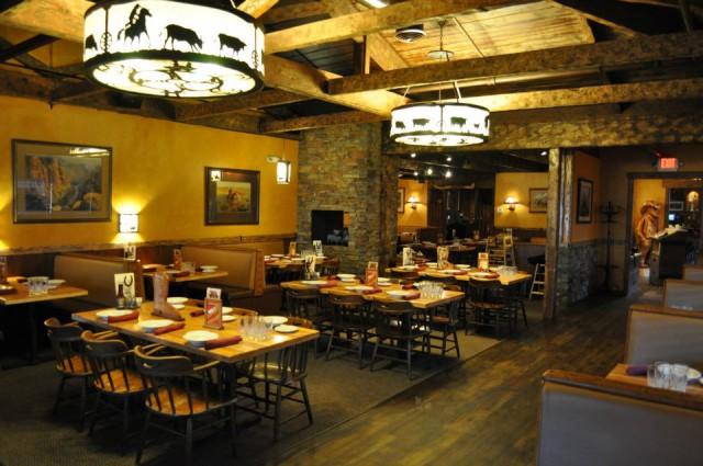 Santa Rosa Main Dining