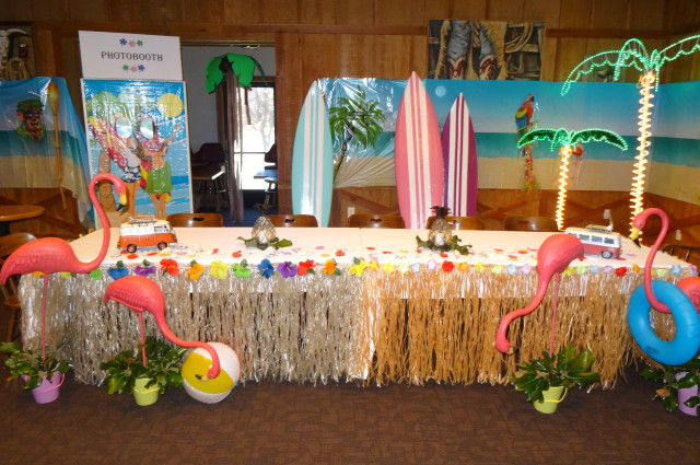 Redding Cattlemens Retirement Aloha decorations