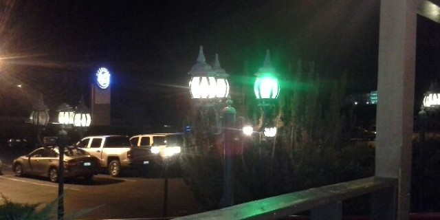 green porch light roseville cattlemens