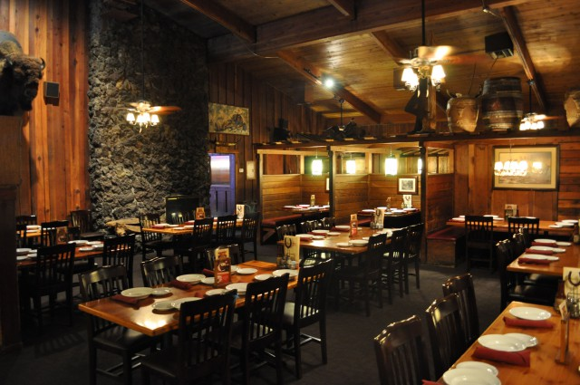 Dixon Cattlemens Main Dining Room