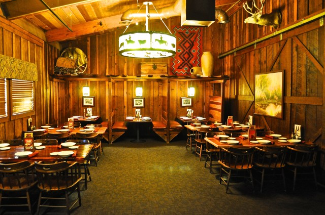 Dixon Cattlemens Banquet Room