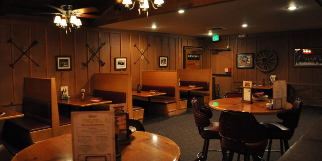 Redding Cattlemens Saloon and Bar